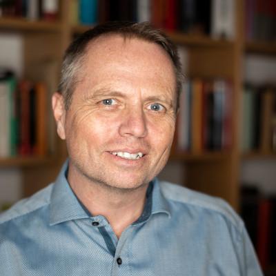 Alexander Simader - Unternehmensberater der spectra today