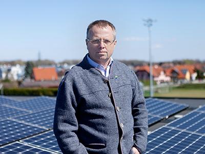 Erneuerbare Energie - da kenn ich mich aus! Ihr Alexander Simader